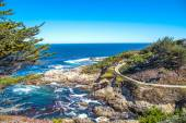 The Big Sur and its rocky coastline on a wonderful day in USA, California — Stock Photo