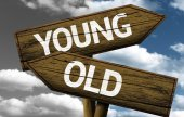 Young x Old creative sign — Stock Photo