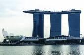 Marina Bay Sands Resort Hotel in Singapore — Stock Photo