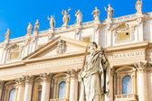 St. Paul Statue in Vatican City, Italy — Stockfoto