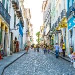 BAHIA, BRAZIL - CIRCA NOV 2014: People walk in Pelourinho area, famous Historic Centre of Salvador, Bahia in Brazil. — Stock Photo #64553713