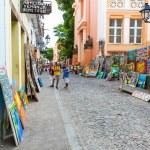 BAHIA, BRAZIL - CIRCA NOV 2014: People walk in Pelourinho area, famous Historic Centre of Salvador, Bahia in Brazil. — Stock Photo #64553893