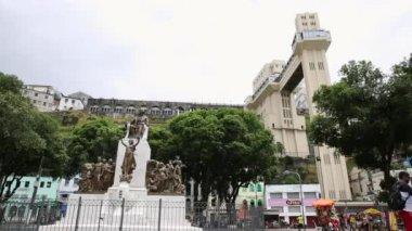 Der berühmte Lacerda-Aufzug in Salvador — Stockvideo