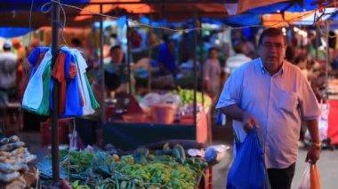 Street market in Manaus — Stock Video