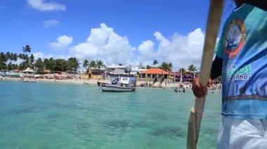 Jangada cross the Barrier reef — Stock Video