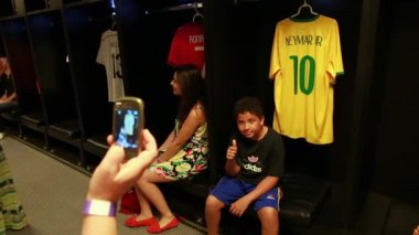 Fans taking pictures with Neymar tshirt — Stock Video