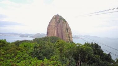 The Sugarloaf Mountain in Rio de Janeiro — Stock Video