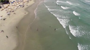 Aerial view of a beach in the summer — Stock Video