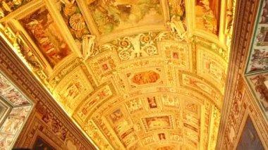 Galleries in Vatican Museum — Stock Video