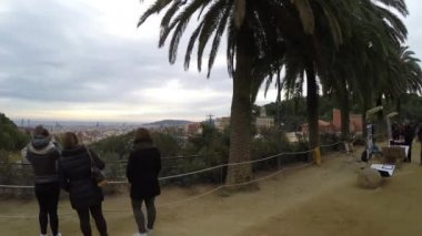 People walking in Park Guell in Barcelona — Stock Video