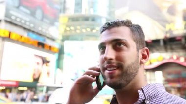 Man on Times Square in New York City — Stock Video