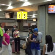 Passengers waiting for their luggages at Gru Airport in Sao Paulo, Brazil. — Stock Video #77334894