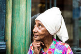 Portrait of a cute cuban woman and looking at the camera — Stock Photo