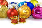 Christmas tree decorations on a white background closeup — 图库照片