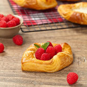 Raspberry pastries — Stock Photo