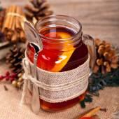 Hot winter tea — Stock Photo