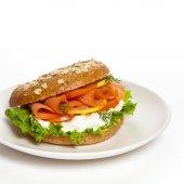 Smoked salmon bagel — Stock Photo