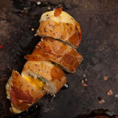 Prosciutto Wrapped Chicken — Stok fotoğraf