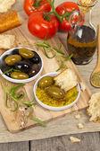 Chleba s olivovým olejem — Stock fotografie
