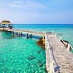 Paradise tropical beach — Stock Photo #71197623
