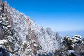 冬の雪、山の風景 — ストック写真