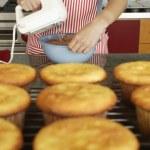 Rack of homemade cupcakes — Stock Photo #52039403