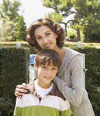 Hispanic mother and son outdoors — Stock Photo