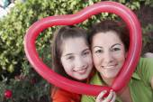 Hispanic mother and daughter — Stock Photo