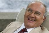 Senior Hispanic man laughing — Стоковое фото