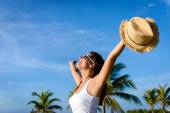 Woman enjoying tropical vacation travel and freedom — Stock Photo