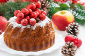 Christmas fruitcake on a plate, close-up — Stock Photo