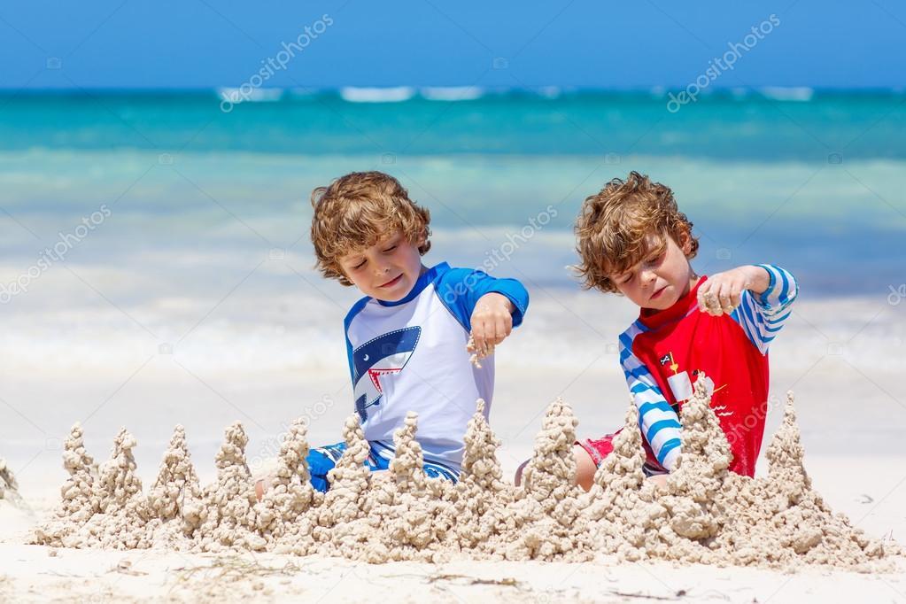 А я ел песок ребенок фото