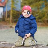 Little preschool boy of 4 years in pirate costume, outdoors. — Stock Photo
