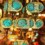 Oriental turkish lanterns at Istanbul market, Turkey — Stock Photo #54566673