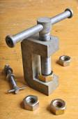 Mechanical device for threading in the nut  — ストック写真