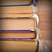 De achtergrond van de pagina's van oude boeken — Stockfoto