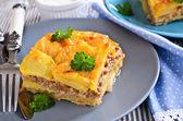 Картофель панировочных сухарей и рубленое мясо — Стоковое фото