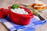 Cream cheese with chopped herbs — Stockfoto