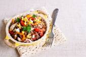 Brown rice with vegetables and eggs — Stockfoto