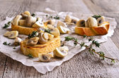 Sandwich with mushrooms — Stock Photo