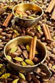 Coffee and spices — Stock Photo