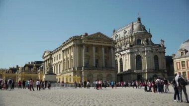 Main entrance at Versailles palace — Stock Video