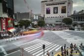 Famous scramble crossing in tokyo — Stock Photo