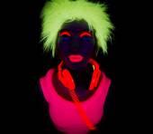 Sexy neon uv glow dancer — Stock Photo