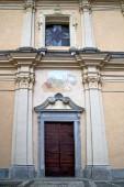 italy  lombardy       somma lombardo  church   tower step    wa — Photo