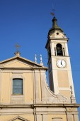 Castano primo   t in  italy   the   wall  and church tower bell  — Stock Photo