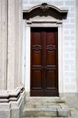 italy  lombardy     in  the besnate  old     closed brick   ste — Stock Photo