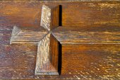 lombardy  italy   cross castellanza   closed wood — Stock Photo