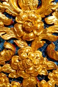 Flower  in  gold    temple    bangkok  thailand incision of the  — Stock Photo