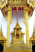pavement gold    temple   in     incision of the temple  — Stock Photo